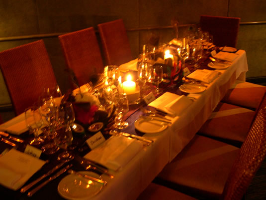 A VALENTINE'S DAY SINGLES SUPPERCLUB: Hosted by Date Concierge