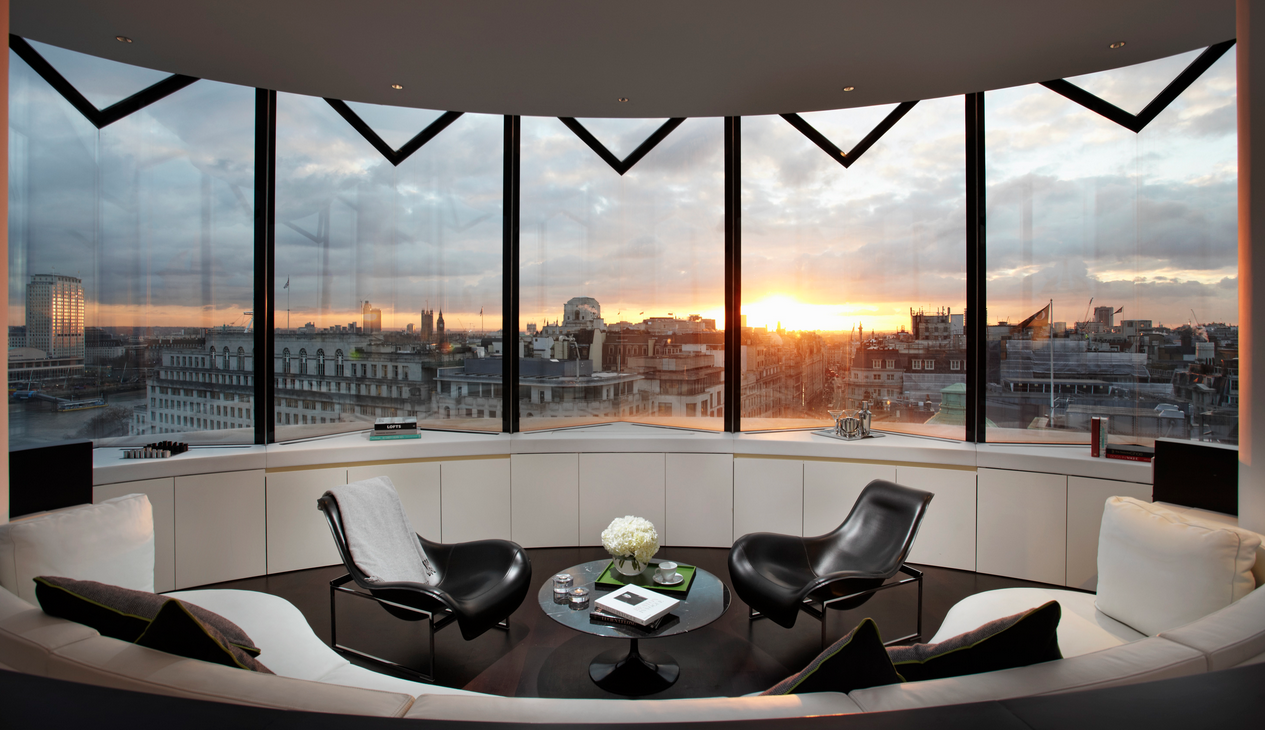 Radio Rooftop It S All About Me London Hotel It S Rude
