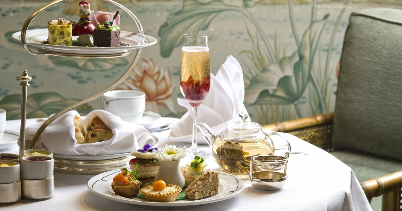 BLOOMIN' MARVELOUS!: Flowering Afternoon Tea at The Park Lane Hotel, Piccadilly
