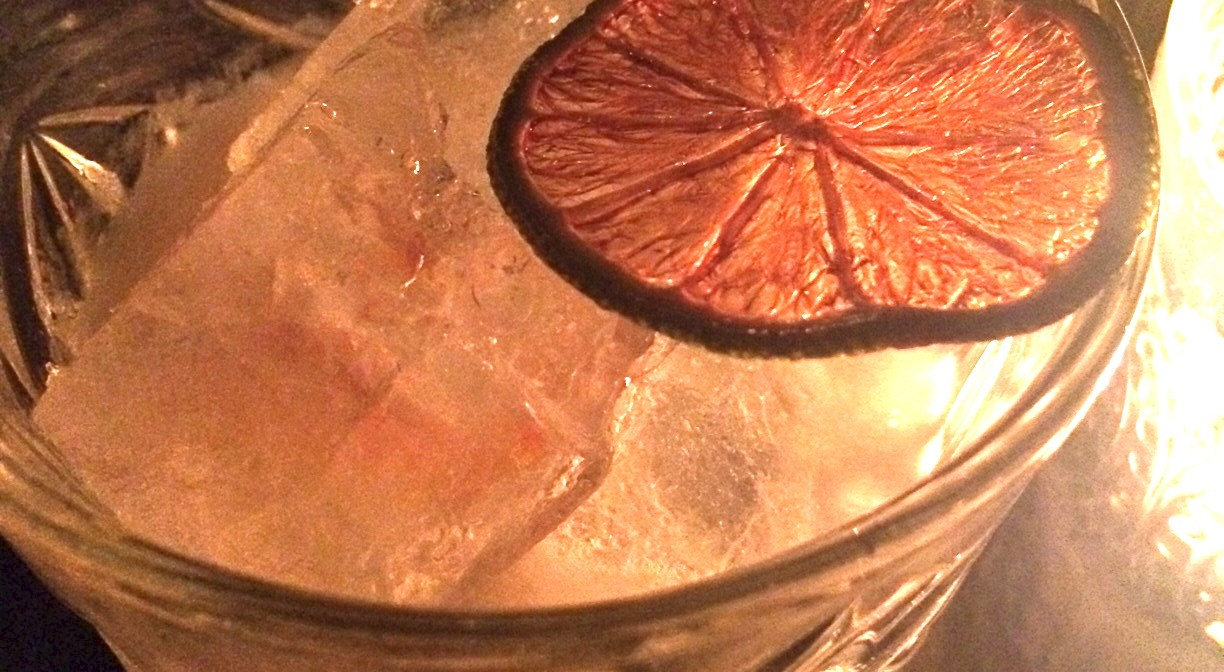 EXPERIMENTAL COCKTAIL CLUB: Chinatown den for the inquisitive mind