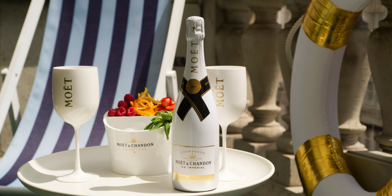 NEW SUMMER CHAMPAGNE POP UP: Moët & Chandon Summer Terrace launches at Le Méridien Piccadilly