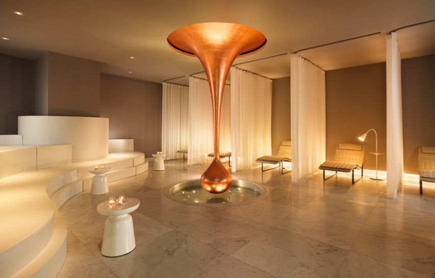 NEW AGUA BATHHOUSE & SPA AT MONDRIAN LONDON: Nautical glamour