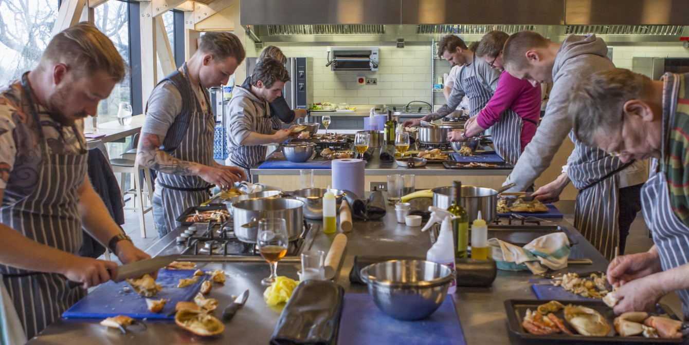 THE RIVER COTTAGE COOKING SCHOOL: Becoming Masterchefs in Devon