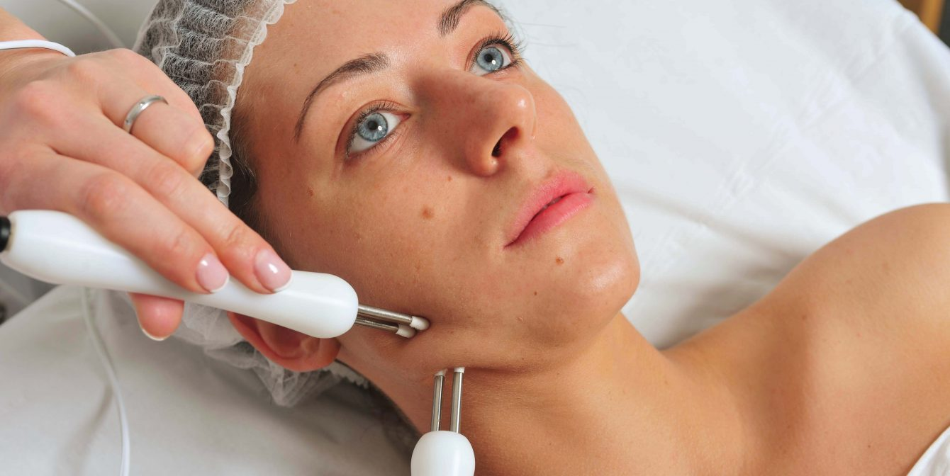 NOUVEAU SKIN THERAPY: The 30 mins A-list facial we all need