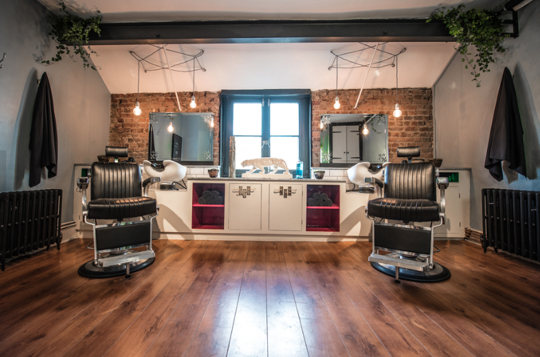 GUN CLUB: Peace out & style up at Clerkenwell's funkiest hair studio