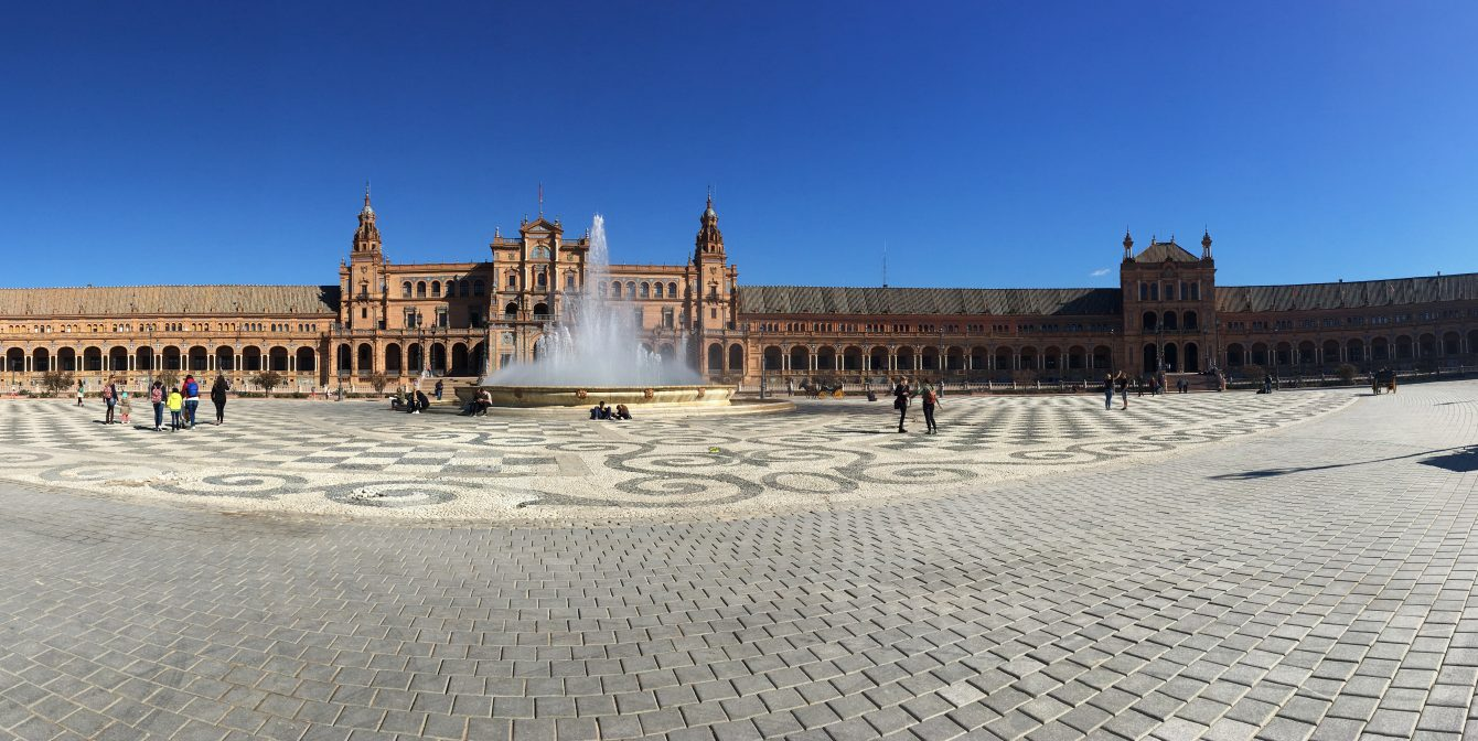 WINE, TAPAS & TOURING IN SEVILLE: A Weekend in the Spanish Sunshine City