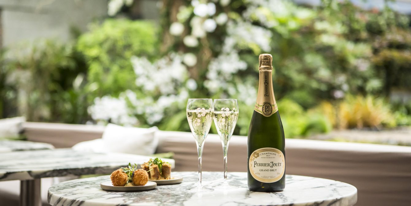 PERRIER-JOUËT: Sanderson Hotel launches dramatic floral installation and concept drinks menu!