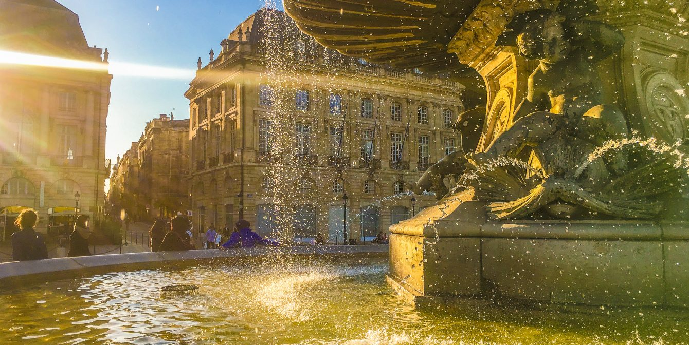 BORDEAUX: 24 hours in the French capital of wine – with the best roof bar and beef stew
