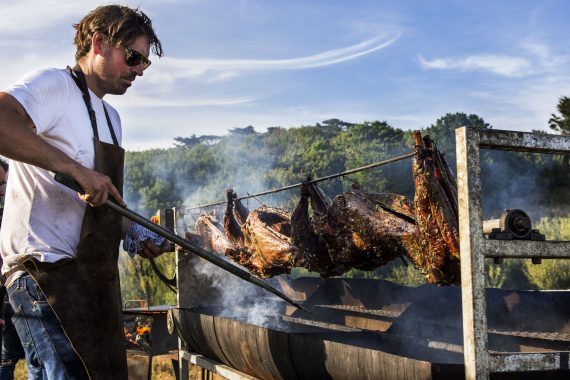 The Hidden Hut's Simon Stallard will host a feast at Porthilly Spirit on Friday night