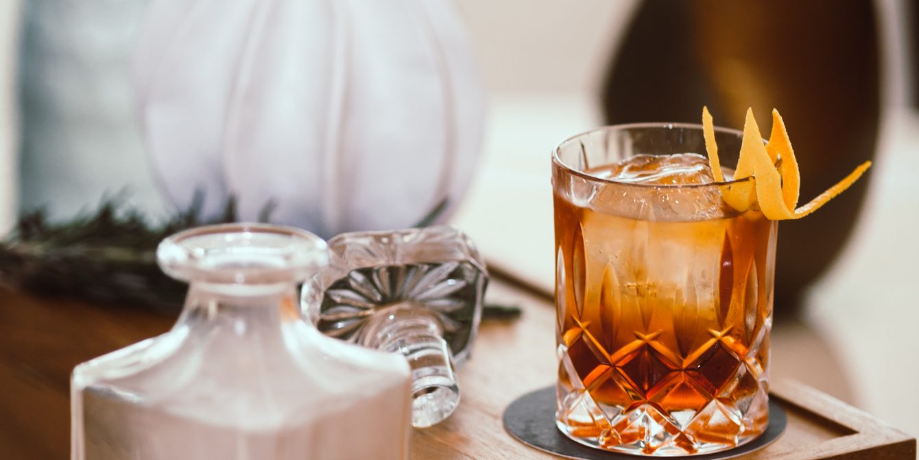 Boss it Like a Bartender – 5 Classic Cocktails to Try at Home